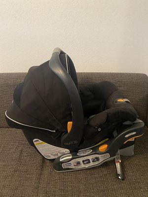 Chicco keyfit30 car seat for Sale in Sacramento, CA