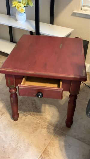 Beautiful end table burnt reddish distressed finish with drawer for Sale in Fresno, CA