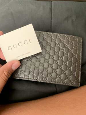 Gucci wallet it's authentic for Sale in Union City, CA