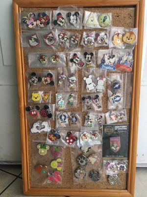 AUTHENTIC DISNEY PINS $5 FOR THE SET OR $3 for 1 for Sale in San Diego, CA