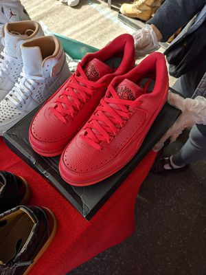 AIR JORDAN 2 RETRO LOW 'GYM RED' Size 9.5 for Sale in WHISPER PNES, NC