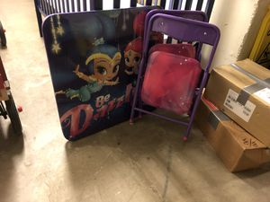 Kids table and two chairs for Sale in Chicago, IL