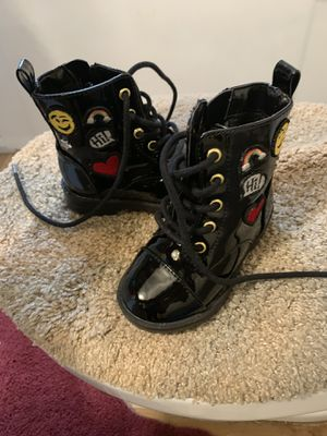 Toddler girl size 5c boots for Sale in Bloomfield Township, MI