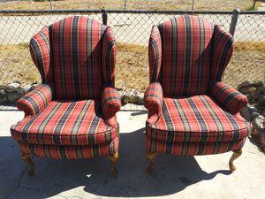 2 chairs for Sale in San Bernardino, CA