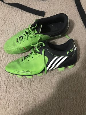 Adidas F5 Lime Green Soccer shoes or cleats for Sale in Pembroke Pines, FL