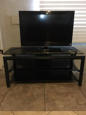 TV stand/ with tv for Sale in Phoenix, AZ