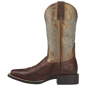 ARIAT Size 7.5 Women Round Up Wide Square Toe Western Cowboy Boot for Sale in San Jose, CA