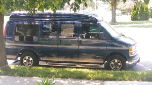 2002 chevy express for Sale in Detroit, MI