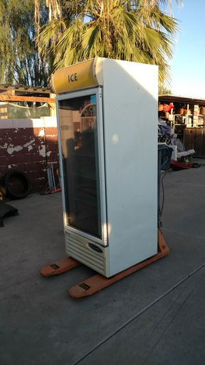 Turbo Air commercial beverage cooler/freezer. ( Needs freon) $480 o.b.o for Sale in Scottsdale, AZ