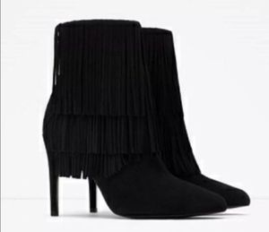 Zara Fringe Booties, Orig. $125. SIZE 9 for Sale in Boston, MA