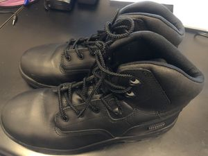 Magnum Men's steel toe work boots size 11 for Sale in Queens, NY