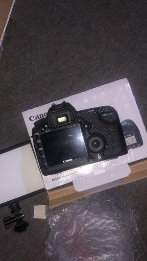 Canon 5D MK ii for Sale in Peoria, IL