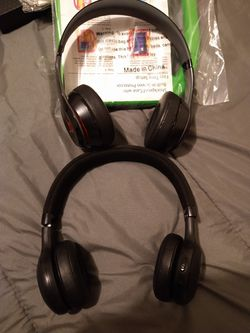 Jbl and beats solo headphones also a samsung galaxy tab case for Sale in Los Angeles,  CA