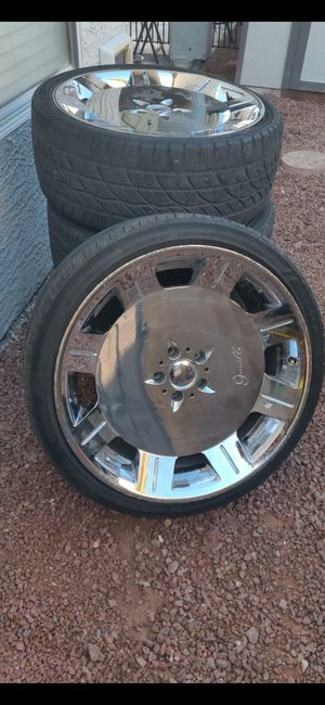 """Gienelle 23.5"""" Chrome Staggered Rims + Wheels for Sale in North Las Vegas, NV"""
