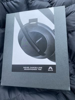 Bose Noise Cancelling Headphones 700, Brand New, Never Been Used, Sealed Box, Retail Price399.99+tax for Sale in San Mateo, CA