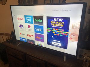 Vendo tv smart hitachi en excelente condiciones for Sale in Anaheim, CA