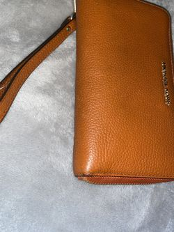 Authentic Michael Kors Wrislet for Sale in Waco,  TX
