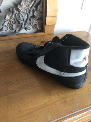 Men's Nike blazers size 11 for Sale in Phoenix, AZ