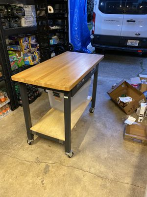 Husky work table for Sale in Renton, WA