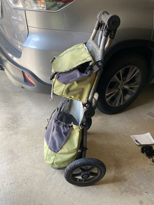 Burley travel bike trailer with transit bags for Sale in Grand Prairie, TX