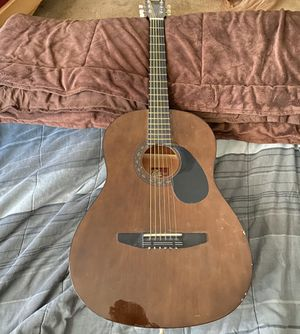 Rogue acoustic guitar for Sale in Englewood, CO