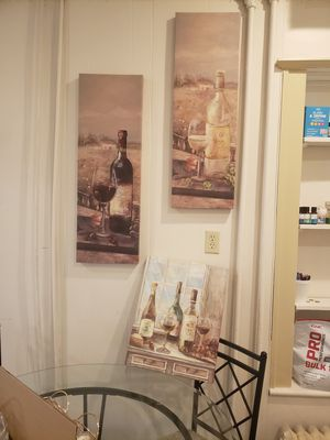 Wine wall decor for Sale in Lewisburg, PA