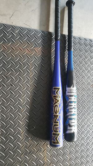 Tee ball and baseball bat for Sale in Leominster, MA