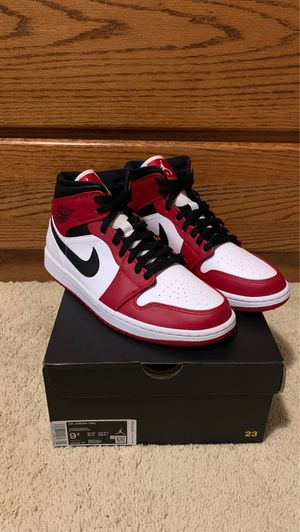 "DS Air Jordan 1 Mid ""Chicago"" Brand New 9.5 for Sale in Lynnwood, WA"