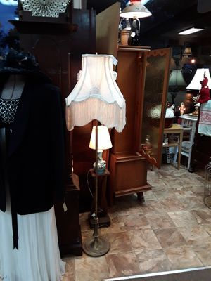 Victorian Shade Vintage Floor Lamp for Sale in Canby, OR