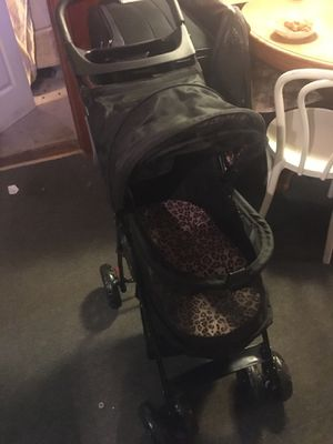 Pet gear dog stroller never used once black and leopard lining for Sale in NY, US