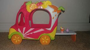 Shopkin Smoothie Truck +2 Exclusive Shopkins for Sale in Orlando, FL