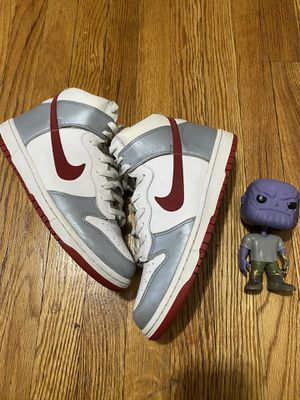 Nike dunks size 9 for Sale in The Bronx, NY