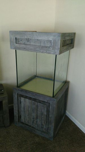 60 gallon Cube aquarium with stand for Sale in San Diego, CA