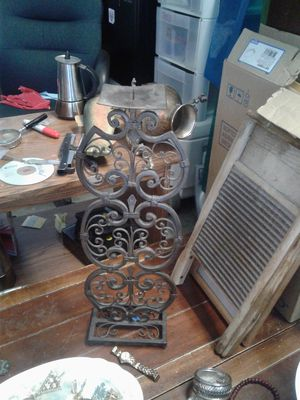 LOTS OF ANTIQUES AND VINTAGE for Sale in Aurora, CO