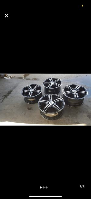Black and Silver rims for Sale in San Diego, CA