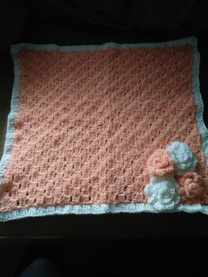 Handmade crotchet baby blanket, hat and diaper cover, size: newborn for Sale in Gresham, OR