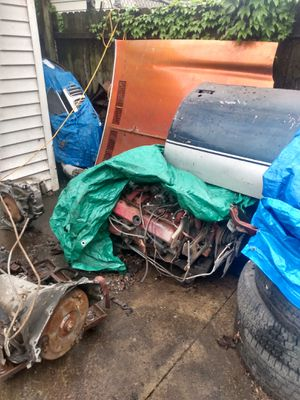 Parts parts parts some gbody tanks interior side moldings radiator s BMW Audi SUVs tranny's for 91 4/4 gm 2500 rear seats gbody for Sale in Chicago, IL