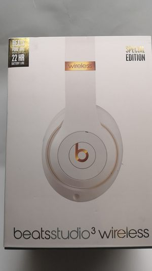 Beats studio 3 wireless white gold for Sale in Bladensburg, MD