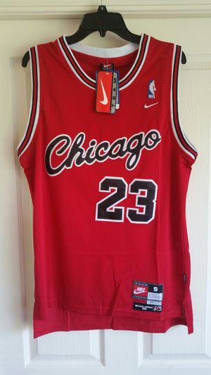 JORDAN BULLS RED ROOKIE THROWBACK BASKETBALL JERSEY SIZE S M L OR XL for Sale in Oakland Park, FL