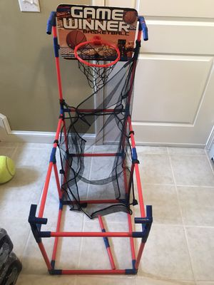 Basketball hoop for Sale in Taunton, MA