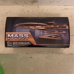 Mass Effect Normandy Ship Replica SDCC Exclusive for Sale in Los Angeles, CA