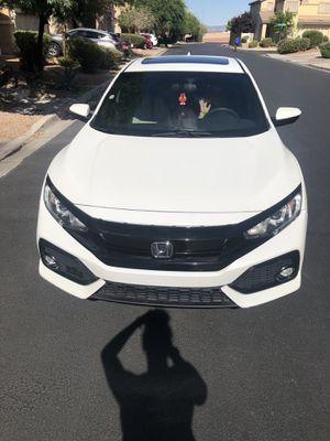 17 Honda Civic hatchback for Sale in Las Vegas, NV