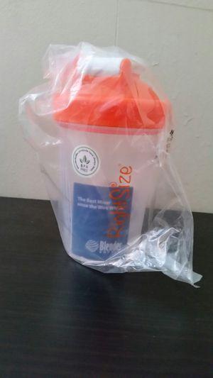 Right size blender bottle for Sale in Fort Gay, WV