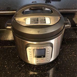 Brand New 6 Quarts -Instant Pot Duo Nova for Sale in Phelan, CA
