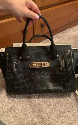 Coach bag for Sale in Murrieta, CA