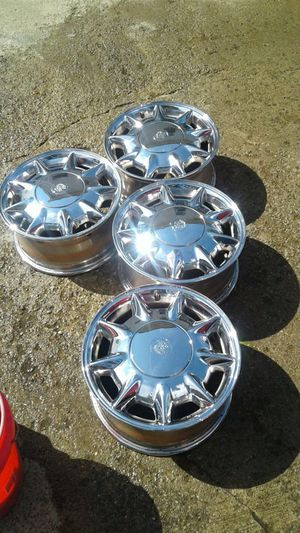16 inch factory rims chrome for Sale in Cleveland, OH