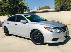 2016. NISSAN ALTIMA LOW MILES / $ SALE for Sale in Fresno, CA