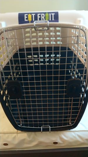 Large dog travel crate for Sale in Tampa, FL