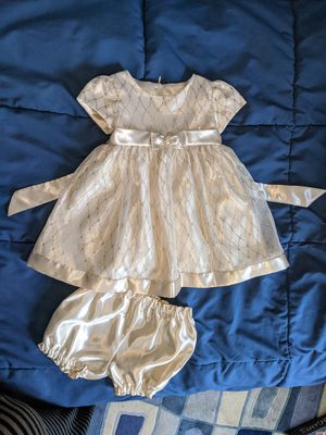 Gorgeous Gold Baby Girls Wedding occasion party flower girl dress with bloomers Size 24 Months for Sale in Cherry Hill, NJ