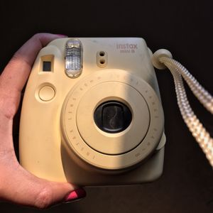 Instax Mini 8 Camera for Sale in The Bronx, NY